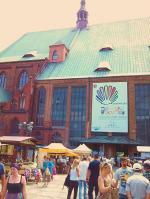 Jakobimarkt 2013 - im Hintergrund die Kathedrale (Foto: ASC)