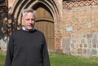 Stadtpfarrer Hilmar Warnkross wirbt unermütlich um finanzielle Unterstützung für sein Gartzer Gotteshaus. Foto: asc